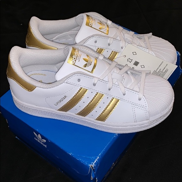 sports shoes 1229d 37032 Adidas Originals Superstar C Gold Kids 13.5 New